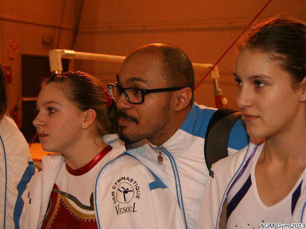 Coach Idriss entre Crystal et Yuliya