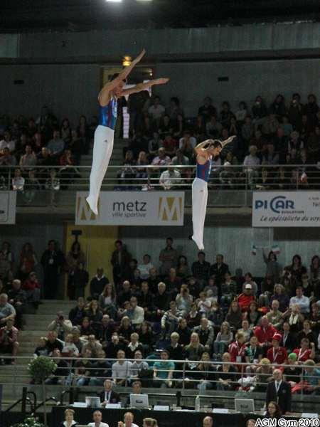 Trampo synchro : un ballet acrobatique et choregraphique